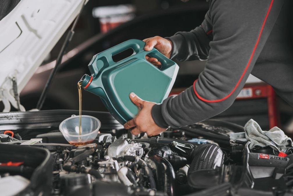 Mantenimiento de coches: 4 consejos para extender su vida útil